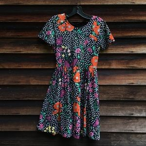 Floral printed dress with lace-up back